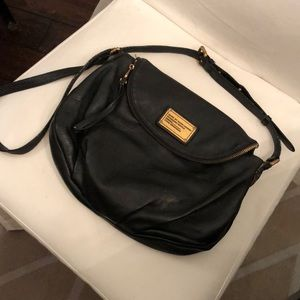 Used & adored Marc Jacobs cross body -black